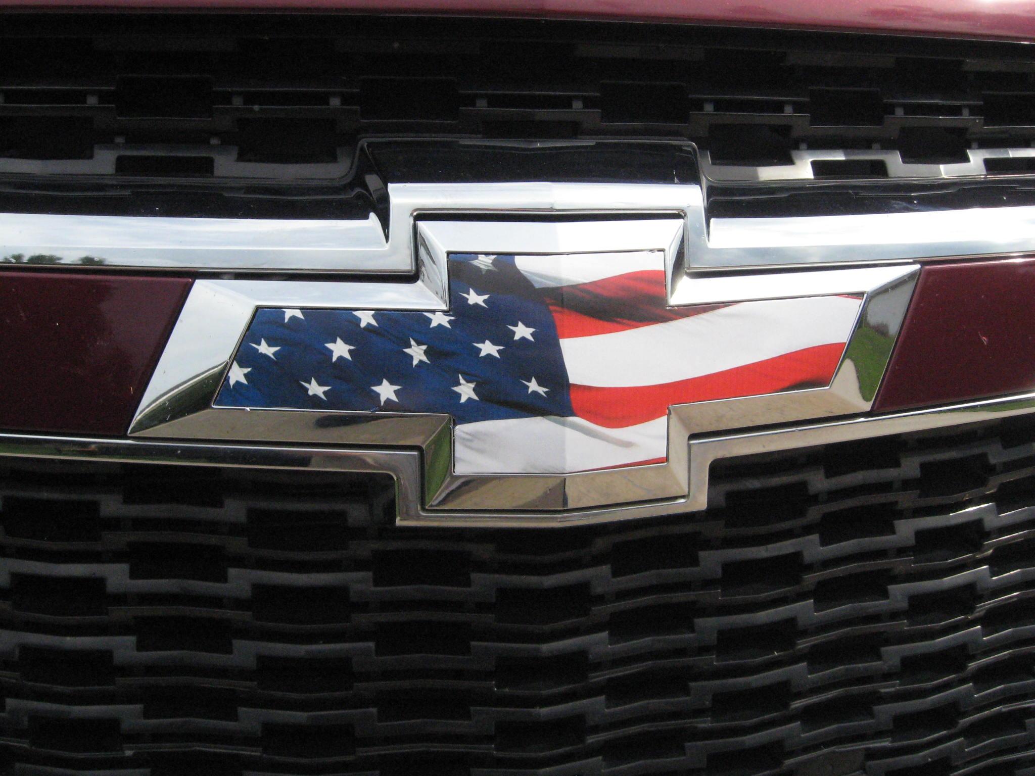 Chevy Silverado Colorado Grille Tailgate American Flag Vinyl Overlay